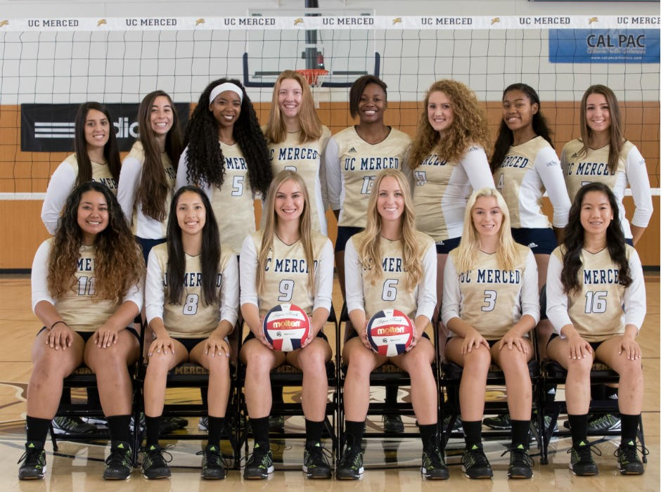 2016 Women's Volleyball Team Photo