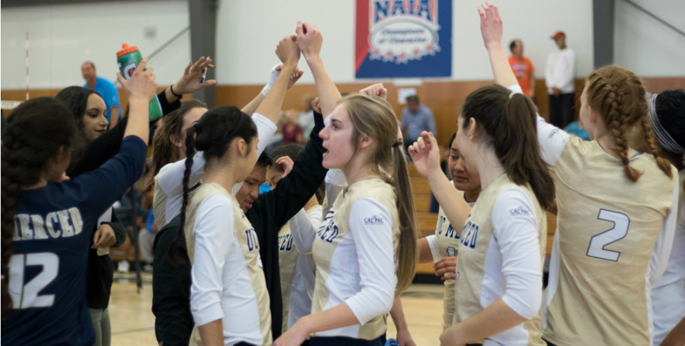 Photo for Women's Volleyball Can't Upset Benedictine In Semis